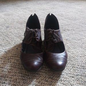 Adorable Vintage oxford shoes